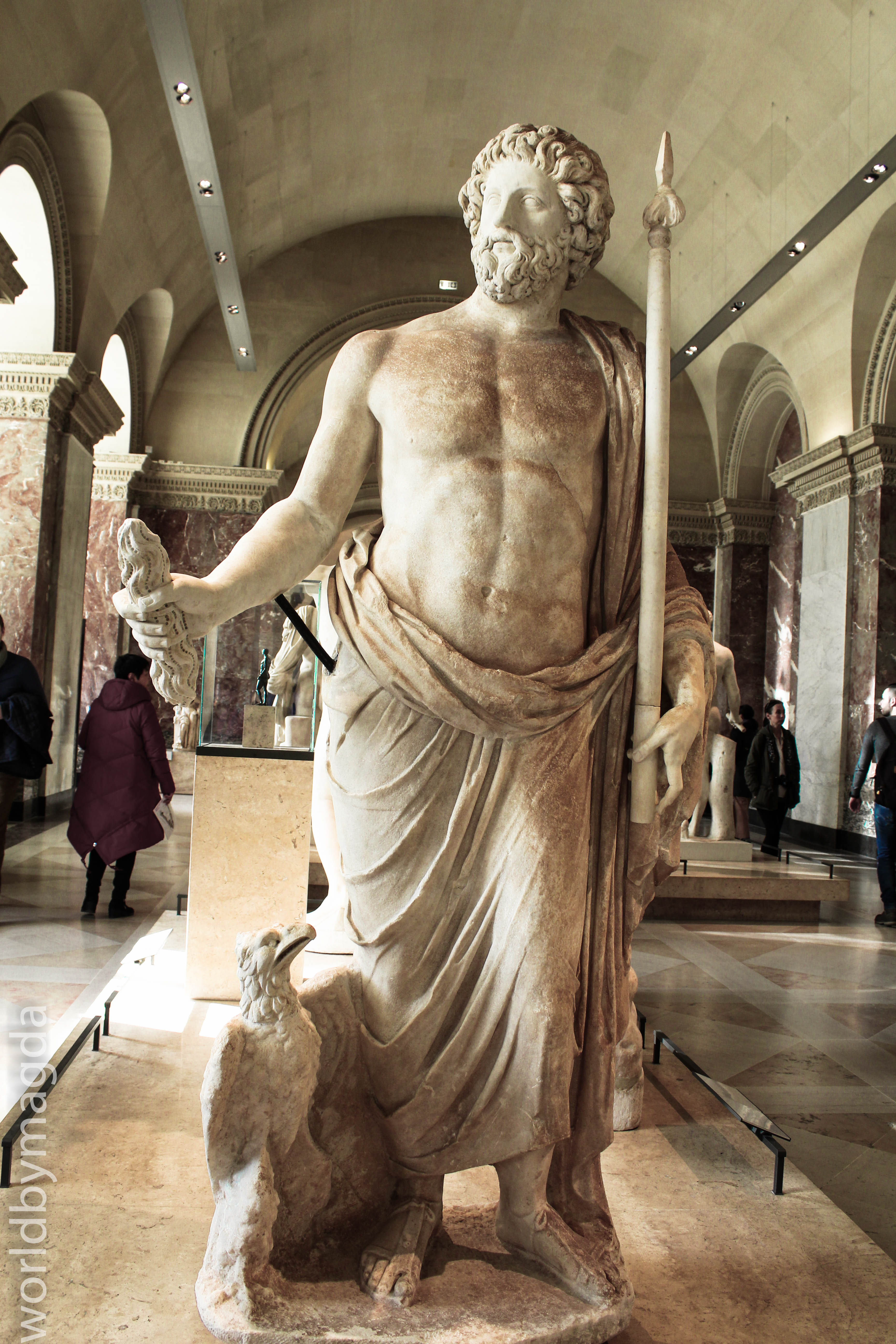 Gallery with ancient greece sculptures